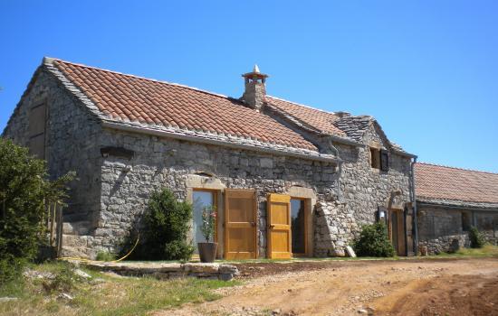 Gîte rénové ancienne bergerie