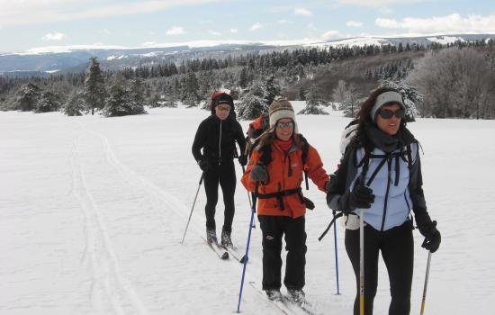 Partir en randonnée à ski sur les hautes terres du Massif Central