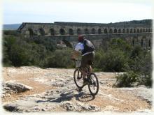 Le Pont du Gard, Grand Site de France pour commencer ce séjour VTT