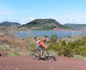 Lac du Salagou site majeur du VTT en Herault